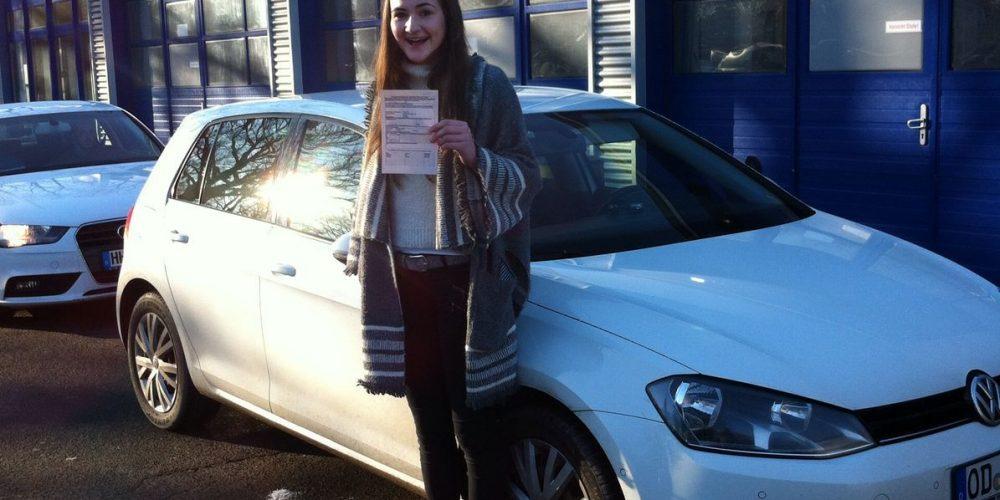 Antonia Siegmund hat Heute ihre praktische Prüfung bestanden!