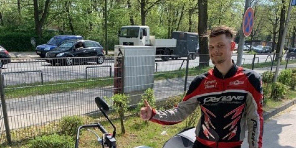 Marek fährt ab heute nur noch auf 2 Rädern 🏍