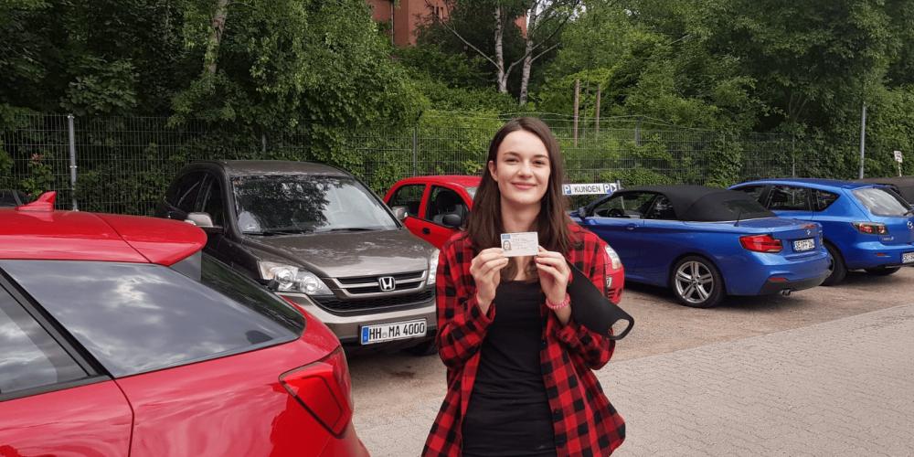 Alexandra hat den Führerschein 🚙